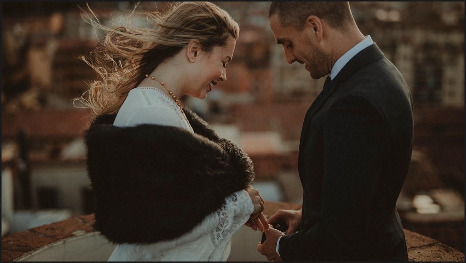 bride, groom, wedding rings, elopement