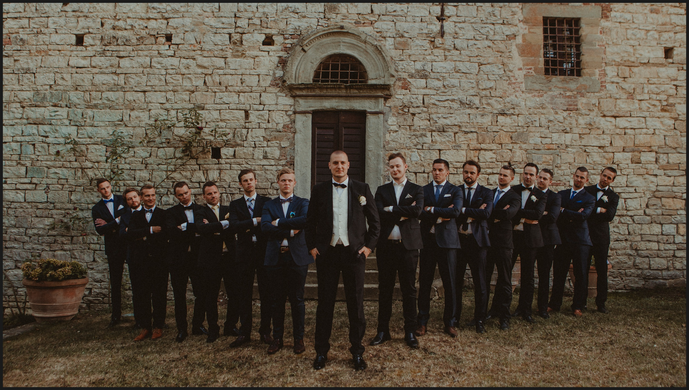 groom and his biys