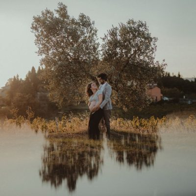 boy-girl-tree-maternity-portrait-countryside-reflection