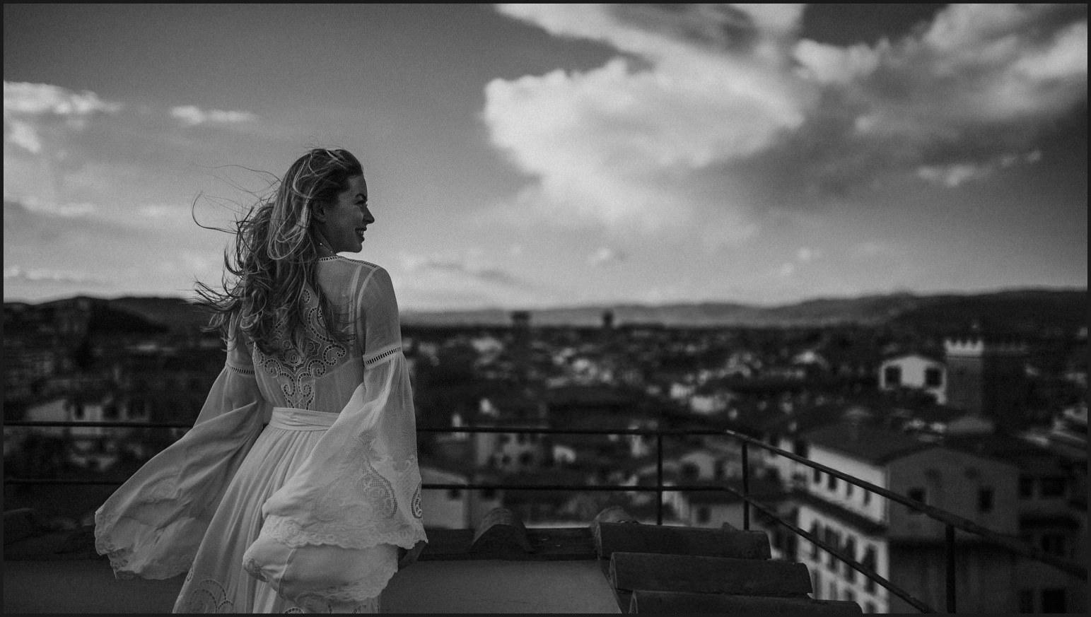 bride, wind, elopement, hotel torre guelfa