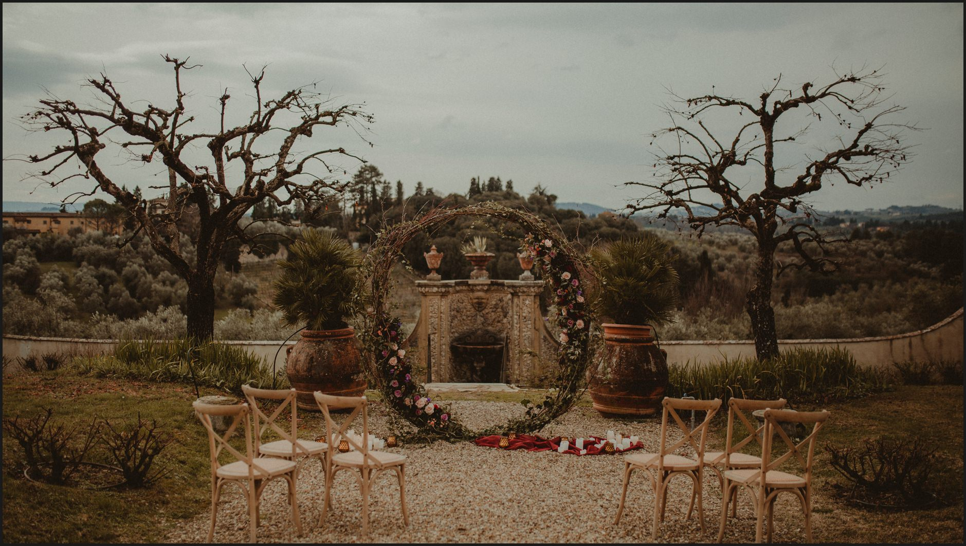 ceremony, villa medicea di lilliano, wedding, details, flowers, arch