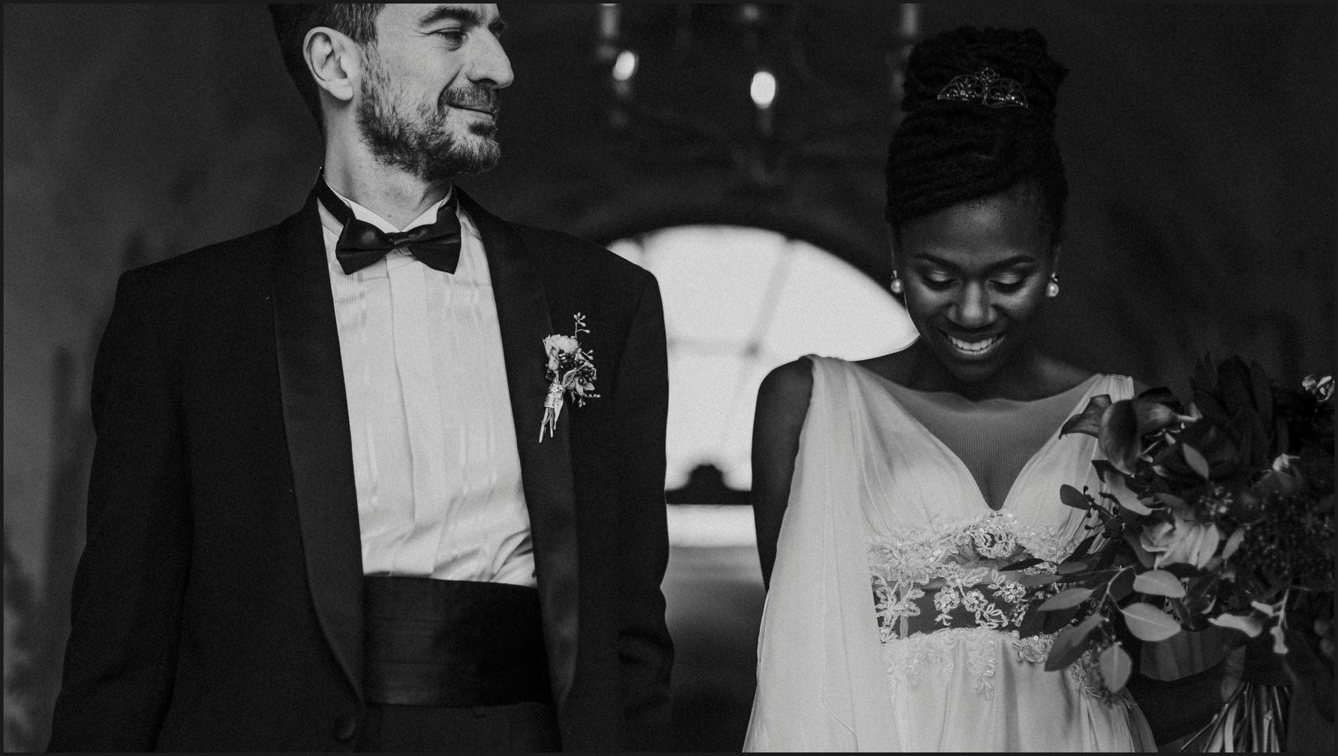 bride, groom, villa medicea di lilliano, wedding, tuscany, black and white, portrait, intimate