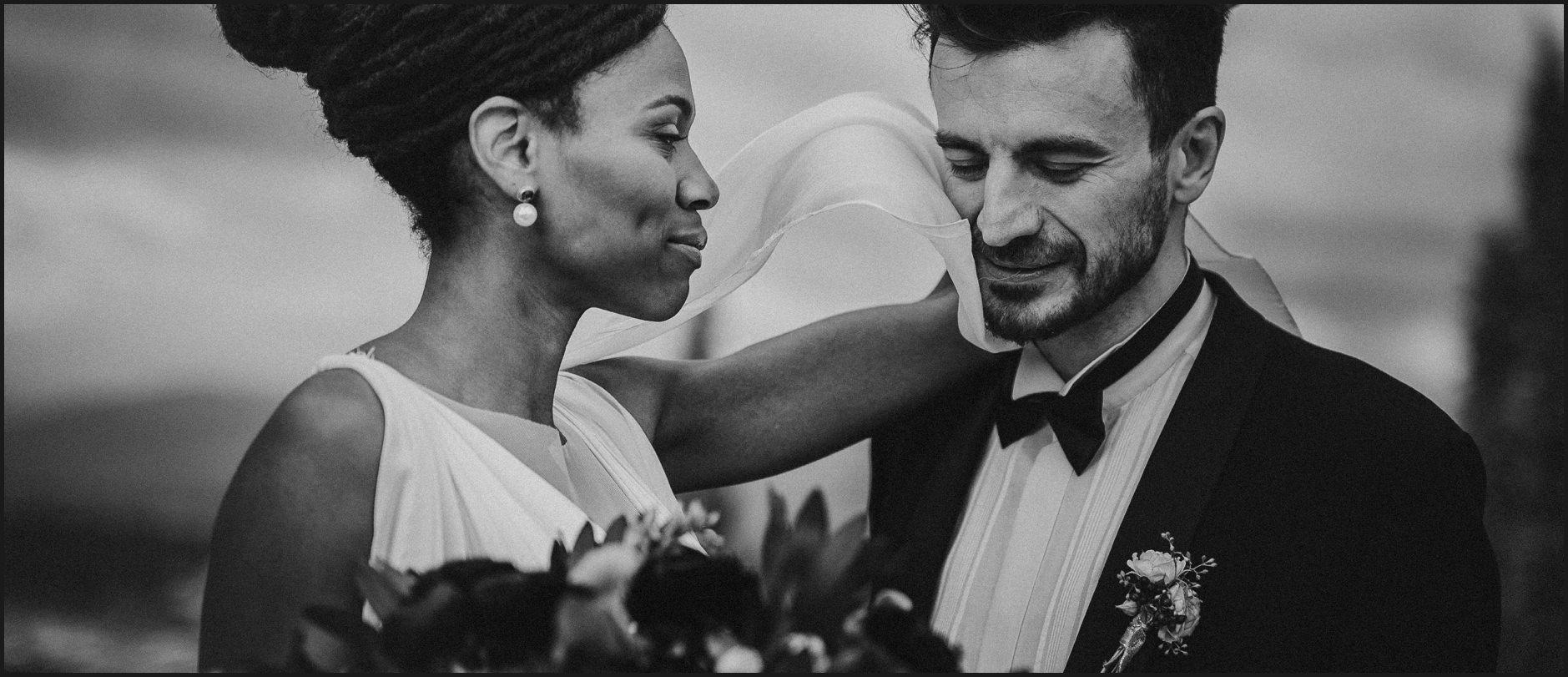 bride, groom, villa medicea di lilliano, wedding, tuscany, portrait, intimate, wind, black and white