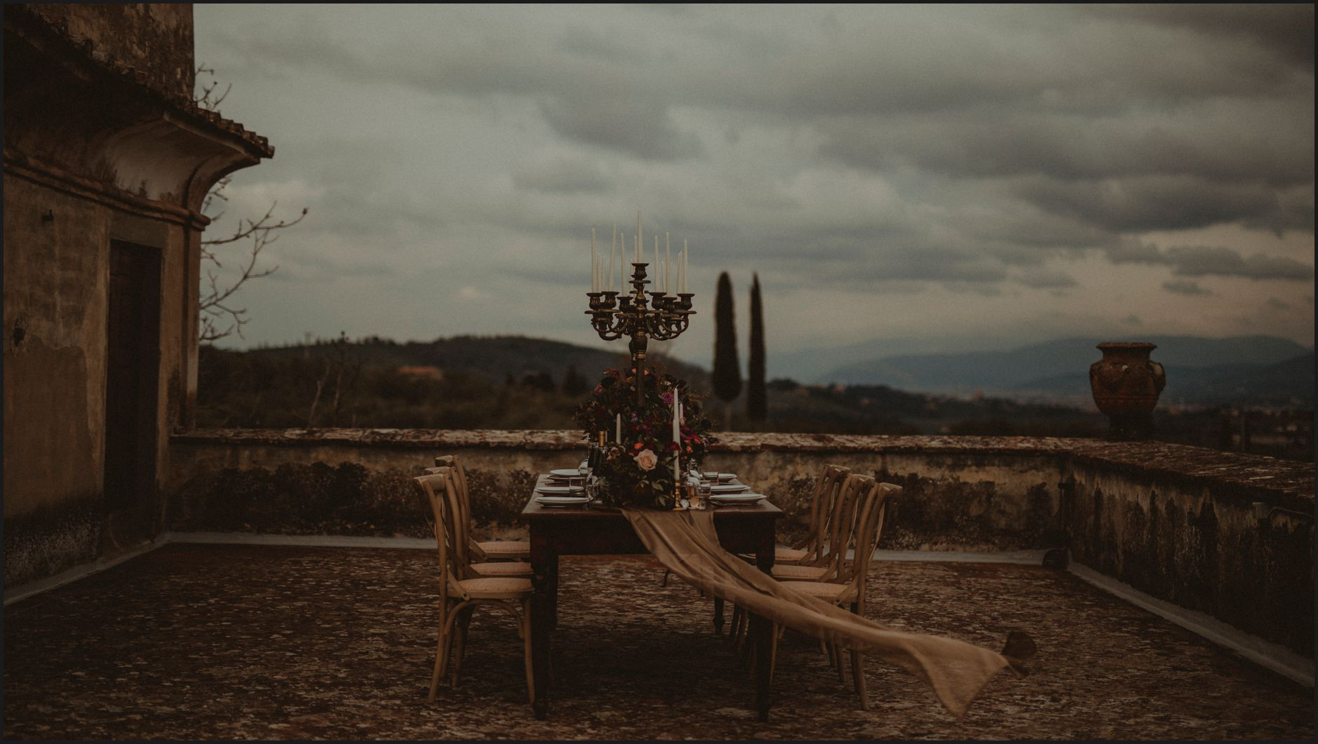 wedding, villa medicea di lilliano, tuscany, table set, details, flowers, candles