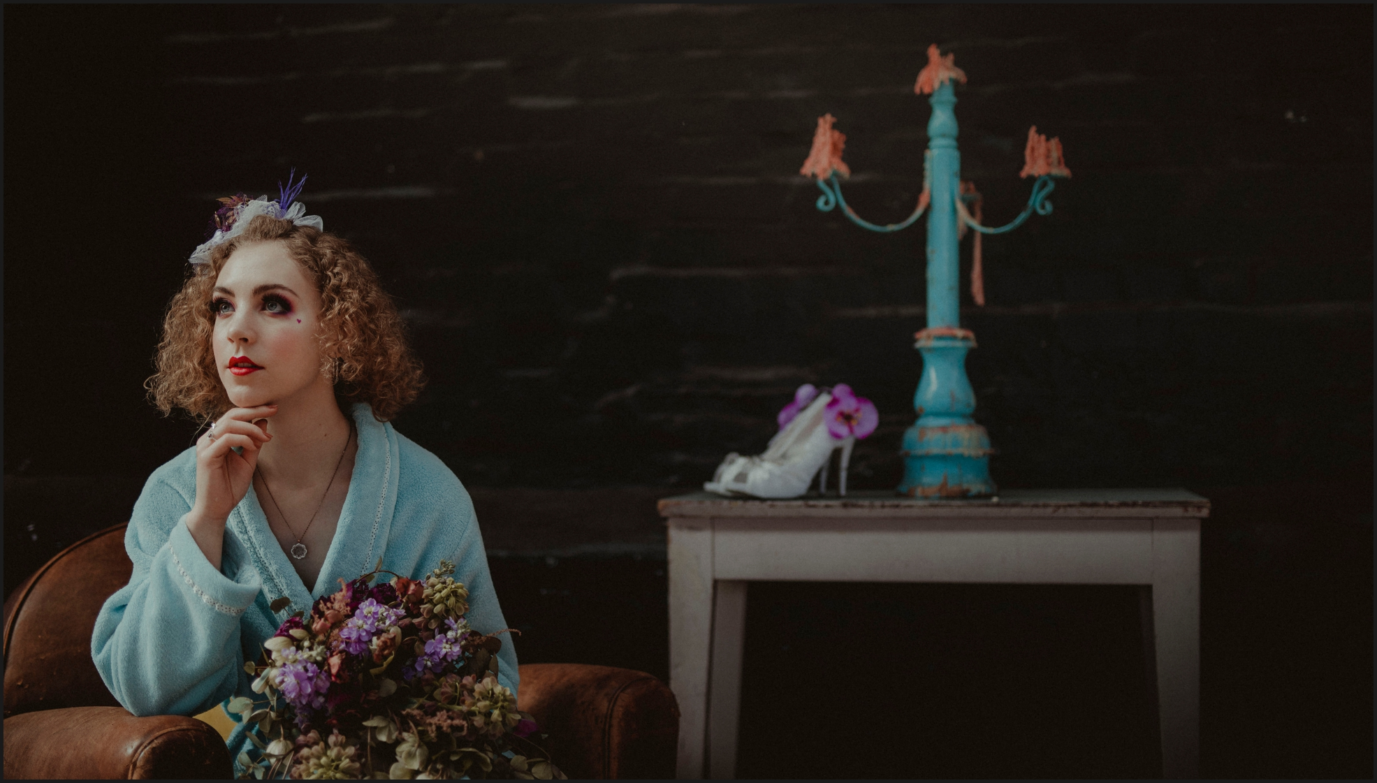 bride, portrait, flowers, shoes, bouquet, getting ready