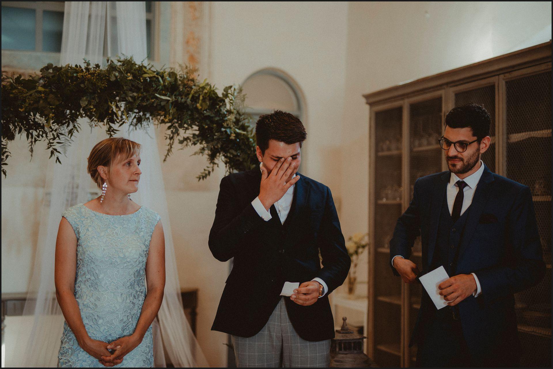 wedding, symbolic ceremony, wedding, umbria, nikis resort, friends