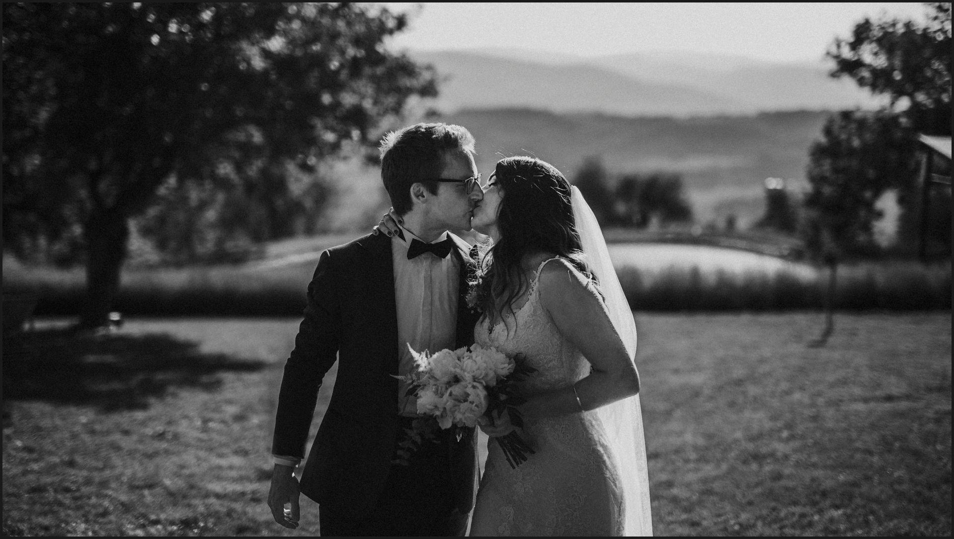 black and white, wedding, umbria, nikis resort, bride, groom, kiss, love