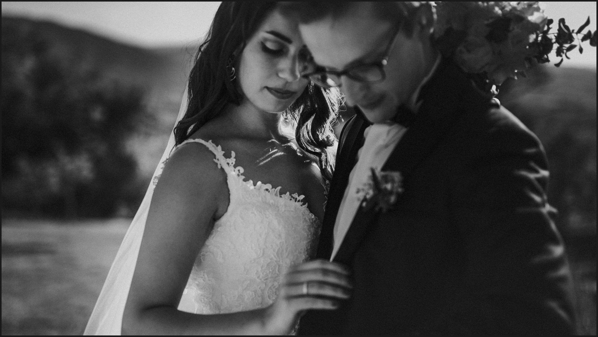 black and white, wedding, umbria, nikis resort, bride, groom