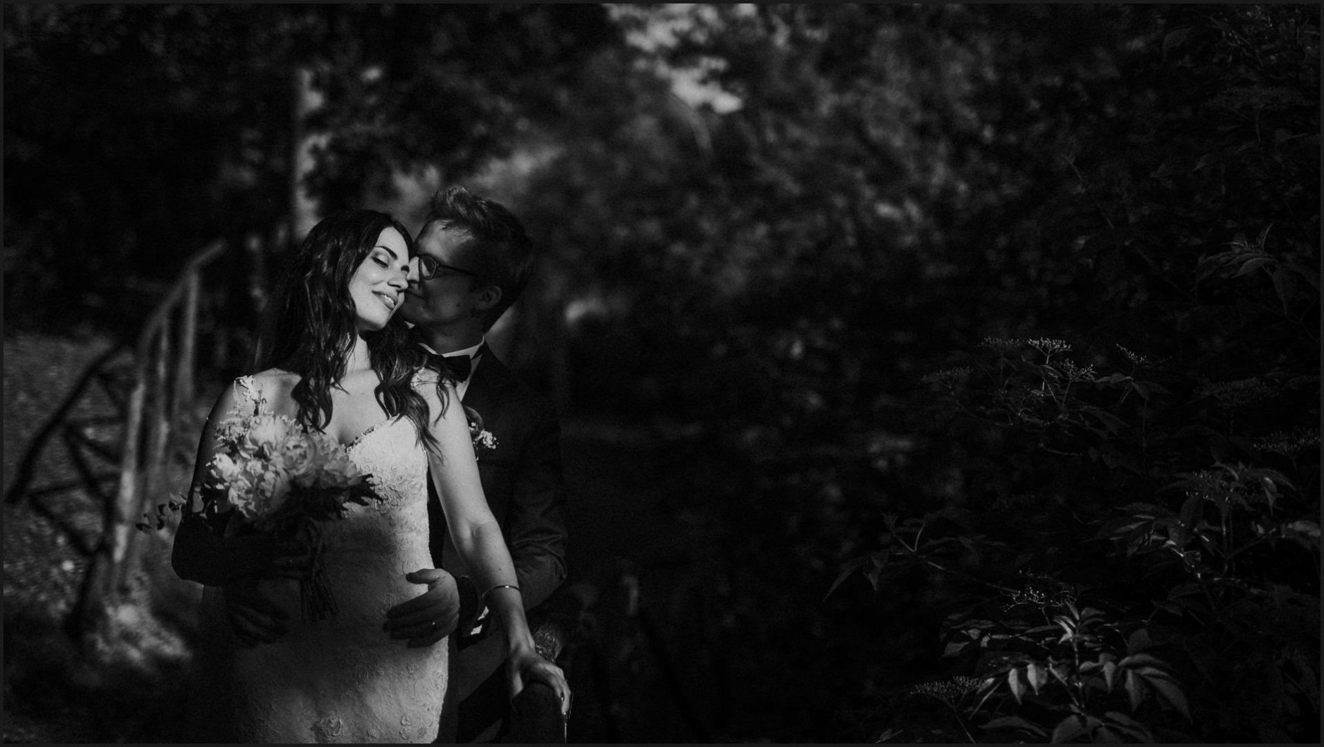 black and white, wedding, umbria, nikis resort, bride, groom,