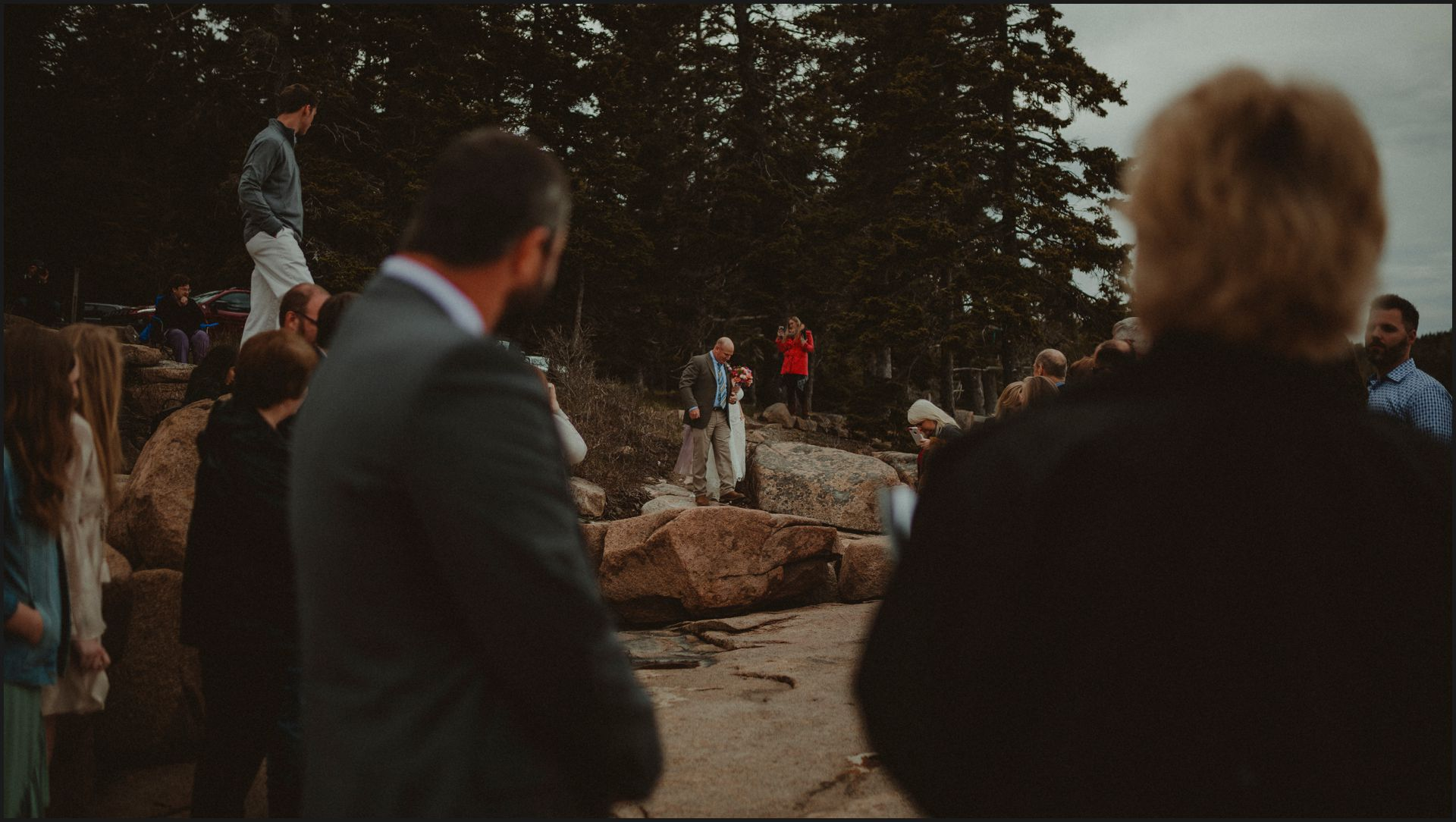 walking the aisle, wedding, maine, acadia national park, bar harbor, cliff, bride's dad, bride