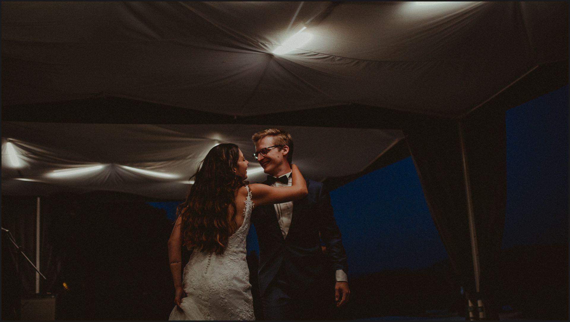 first dance, bride, groom, wedding, umbria, nikis resort