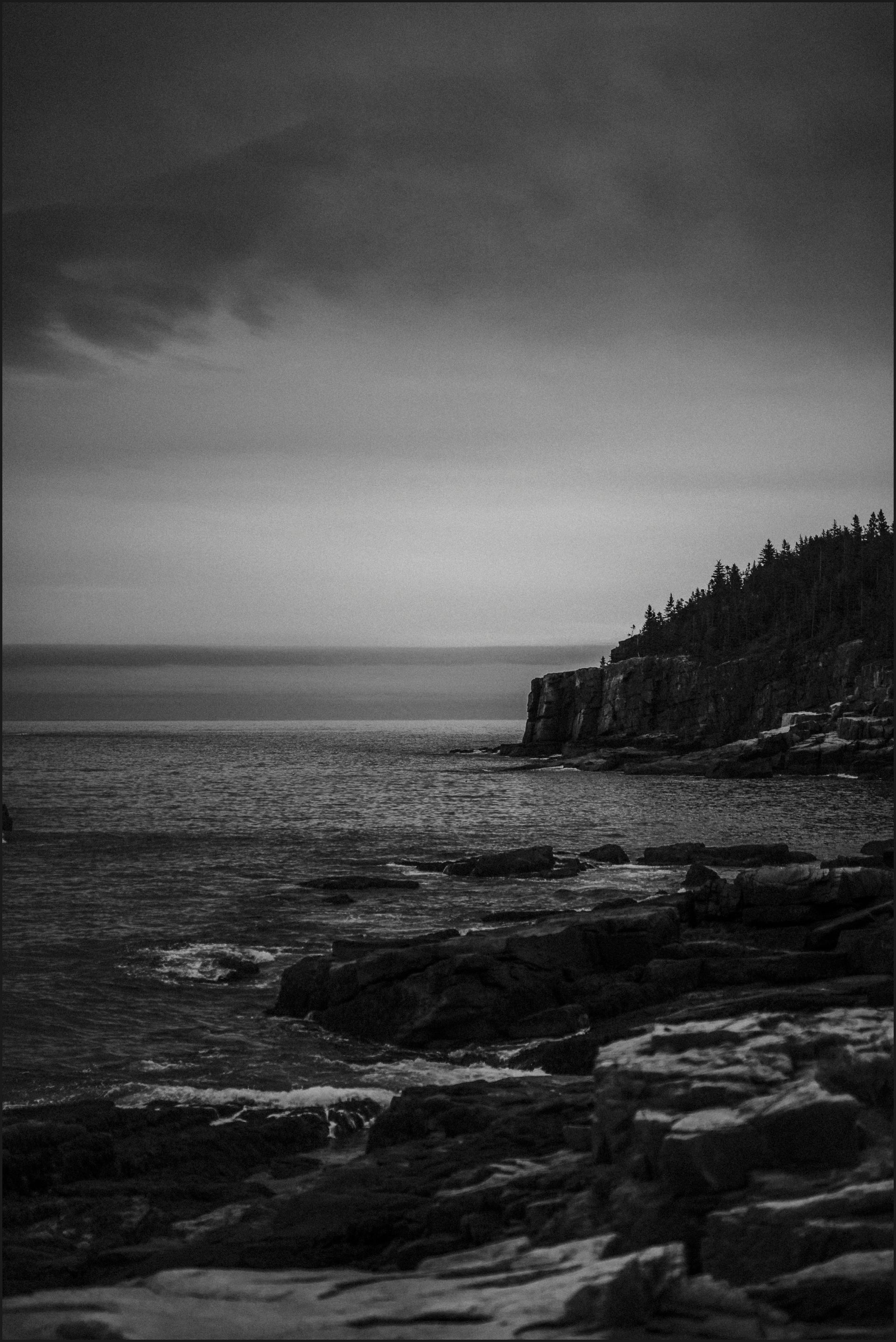 wedding venue, bar harbor, black and white, ocean, acadia national park, cliff