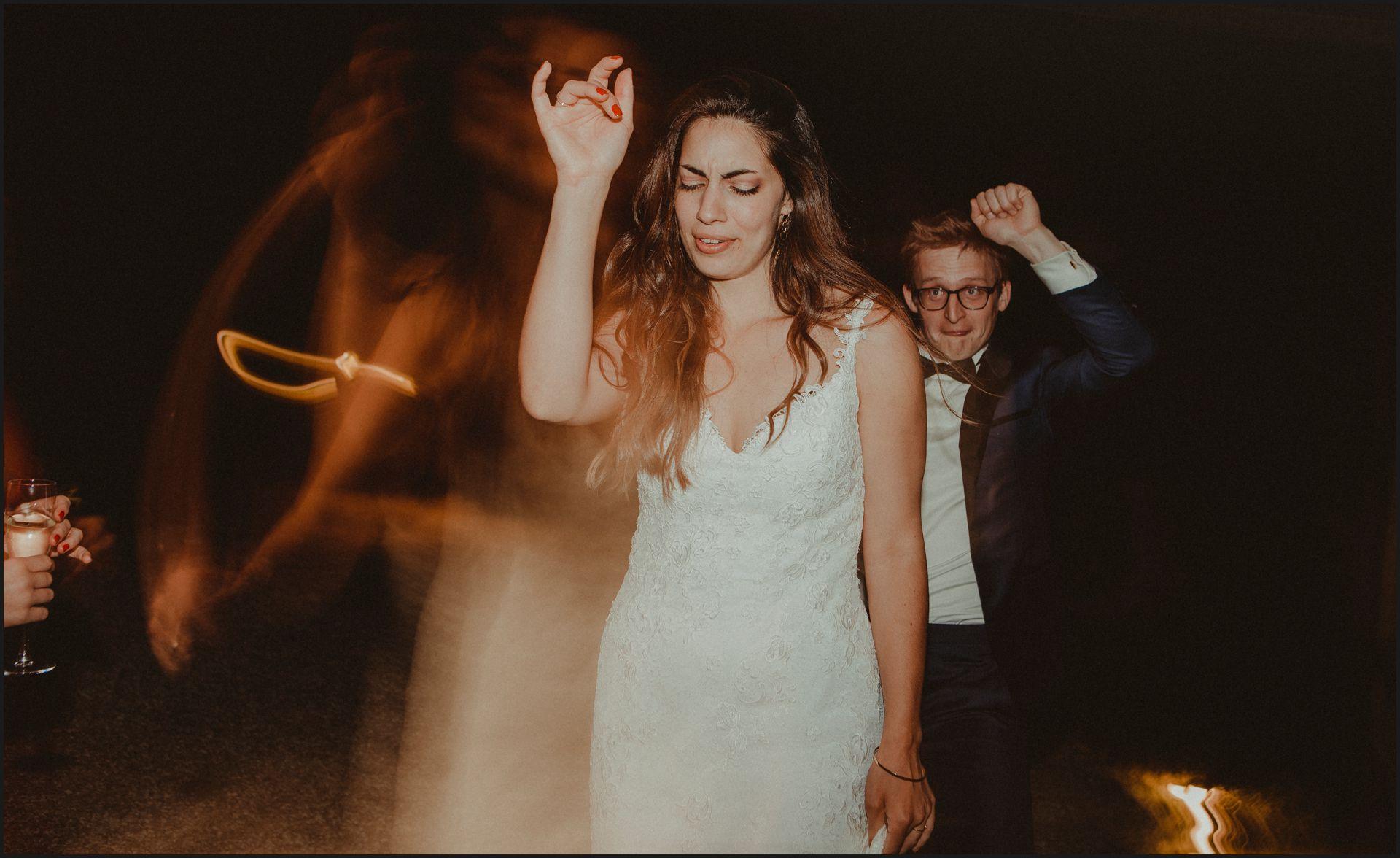 first dance, bride, groom, wedding, umbria, nikis resort, dance, funny, bride, groom
