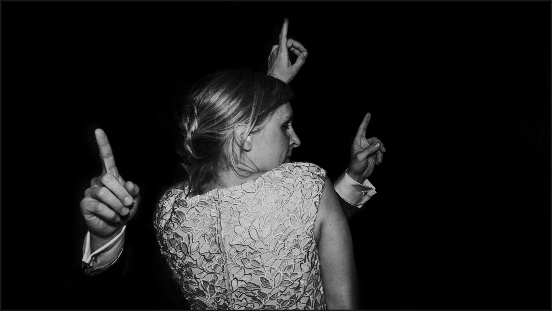 first dance, bride, groom, wedding, umbria, nikis resort, dance, funny, black and white, hands