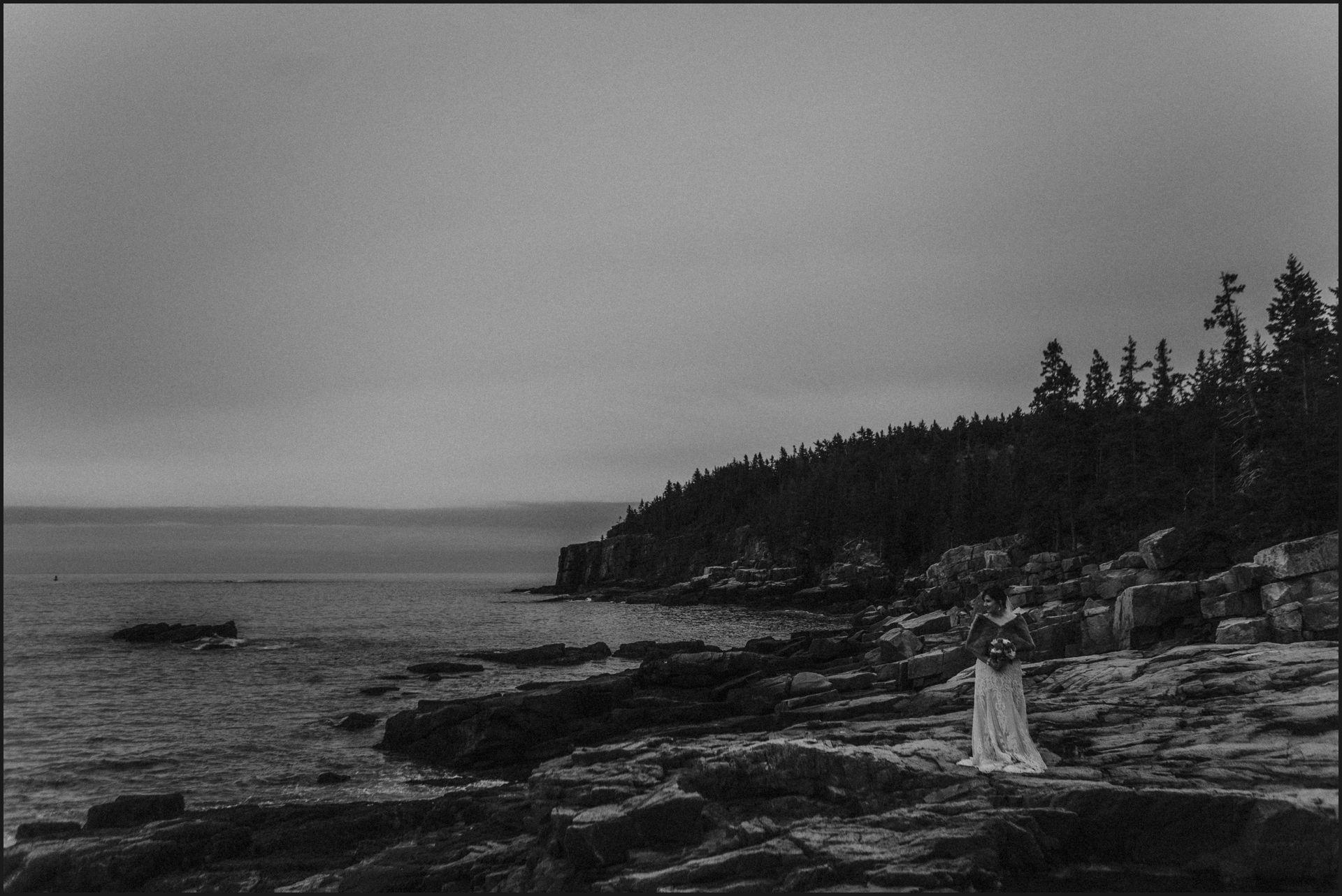 bride, groom, bar harbor, maine wedding, black and white, landscape, cliffs