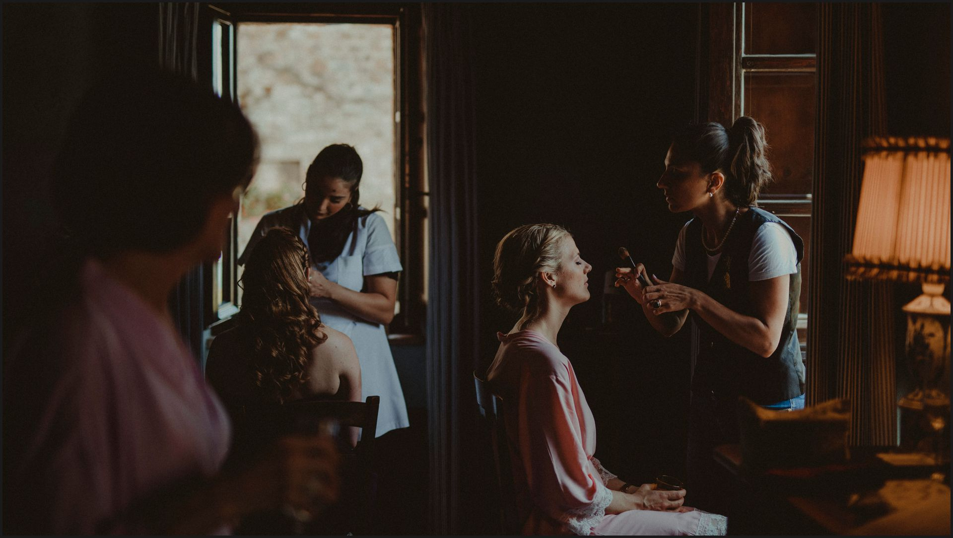 tenuta di canonica, umbria, wedding, bride, preparation, hair