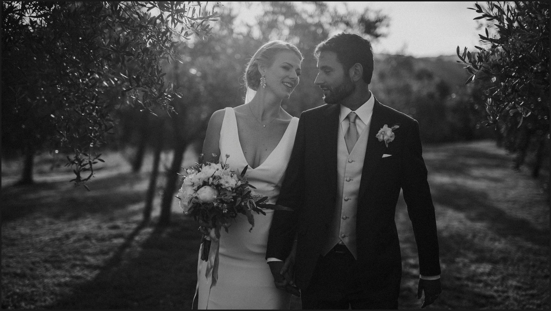tenuta di canonica, umbria, wedding, bride, groom, love, black and white, happy