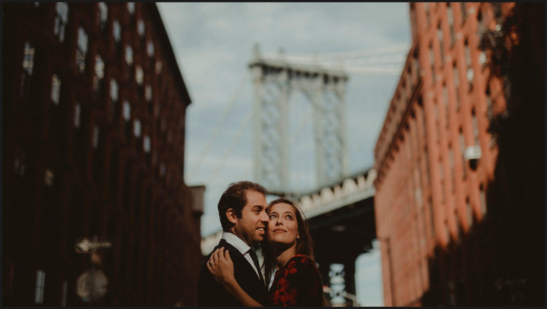 Engagement pictures in Washington Street