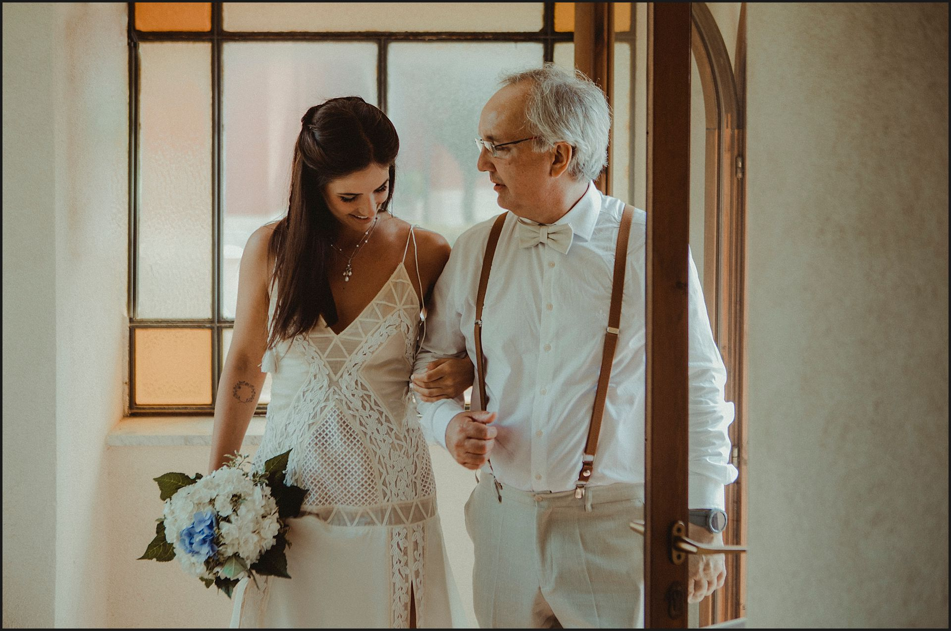 bride, father of the bride, ceremony, civitavecchia ,santa marinella, flowers, bouquet