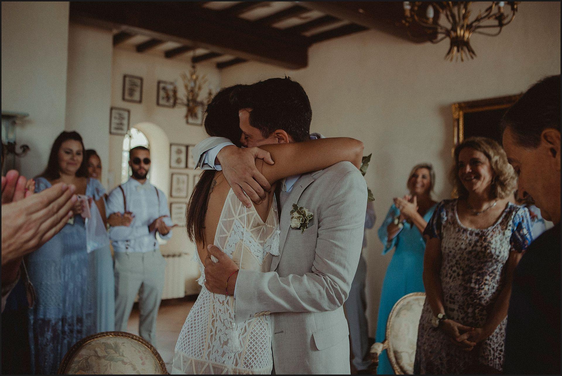 bride, groom, civil wedding, destination wedding, civitavecchia, ceremony, hugs
