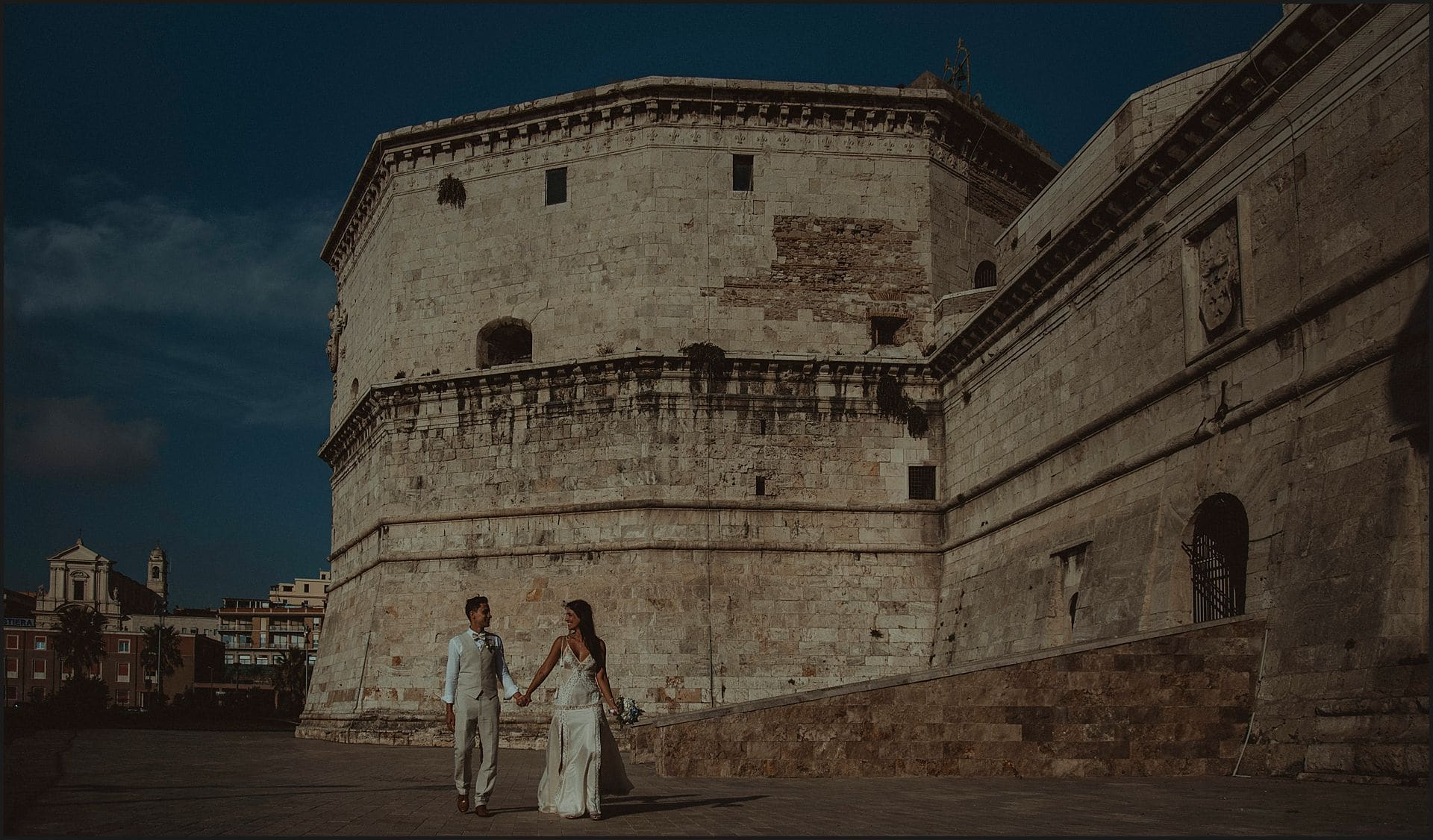 Civitavecchia, destination wedding, walking