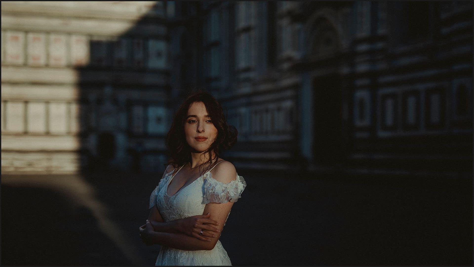bride portrait, groom, florence, piazza del duomo