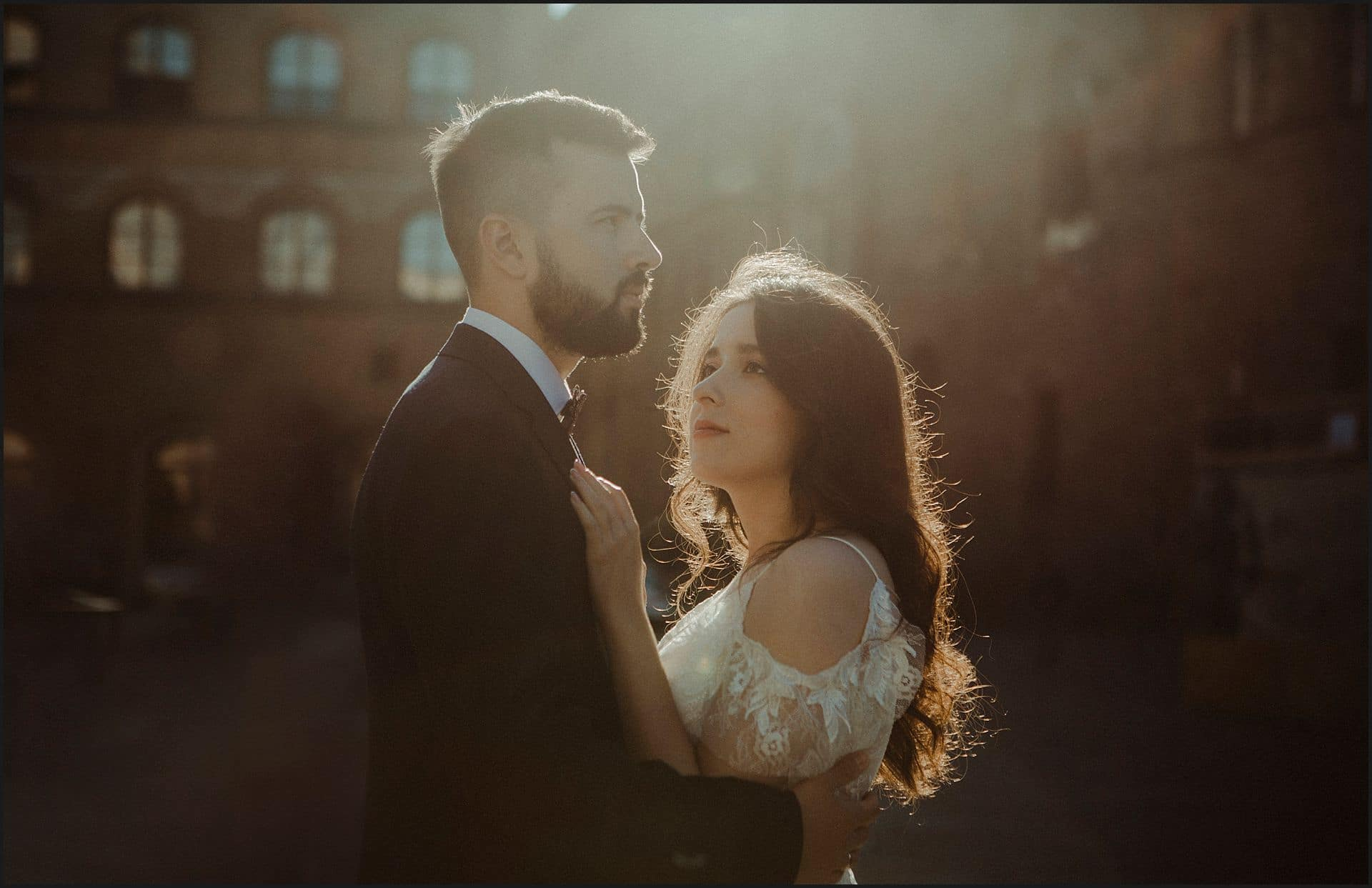 bride, groom, morning light, wedding photographer, elopement photographer, destination wedding photographer, florence