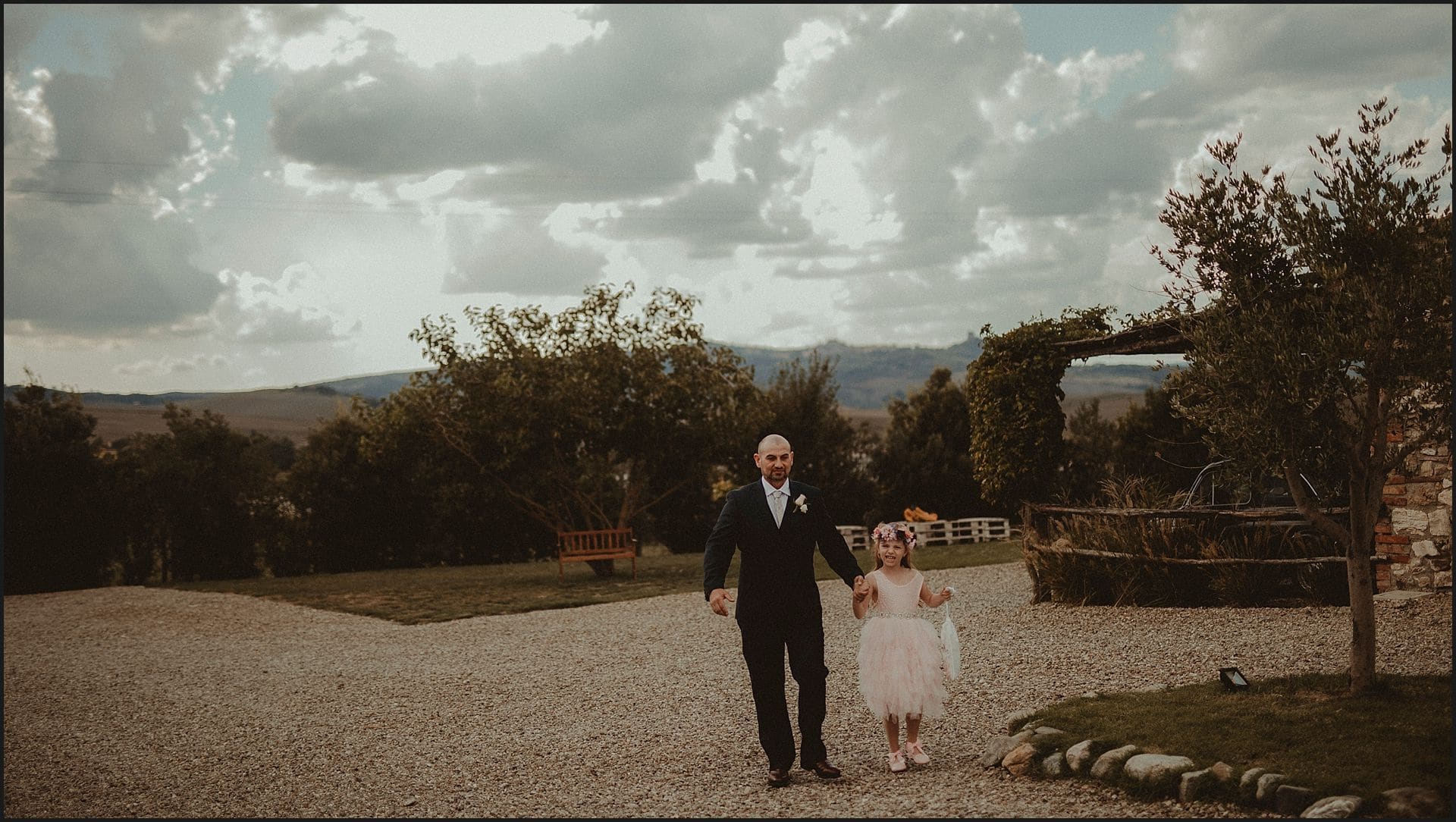 groom, daughter, intimate wedding, destination wedding photographer, val d'orcia