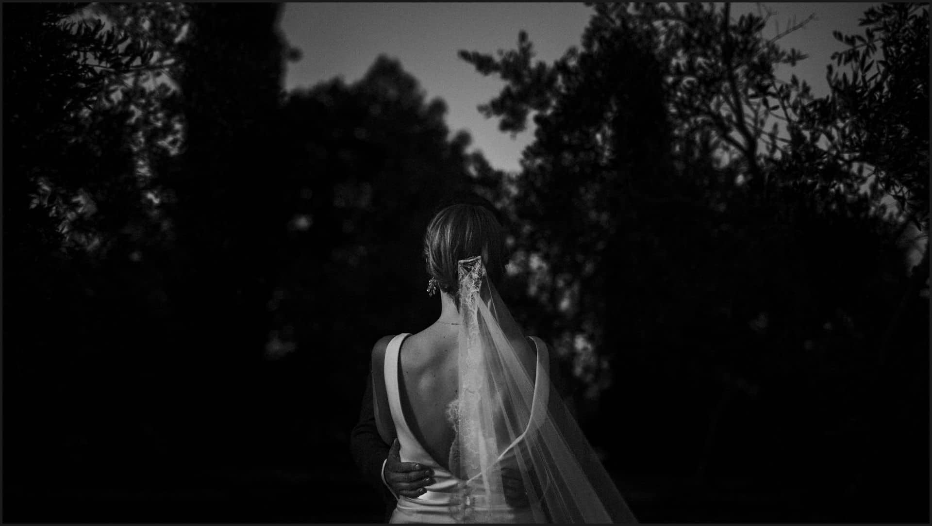umbria, wedding, bride, black and white