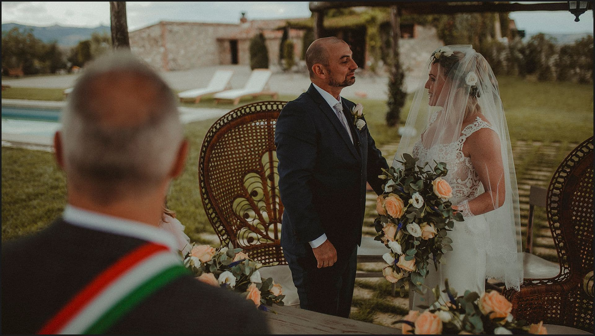 intimate wedding, civil ceremony, australian couple, locanda in tuscany, elopement, tuscany, val d'orcia, siena