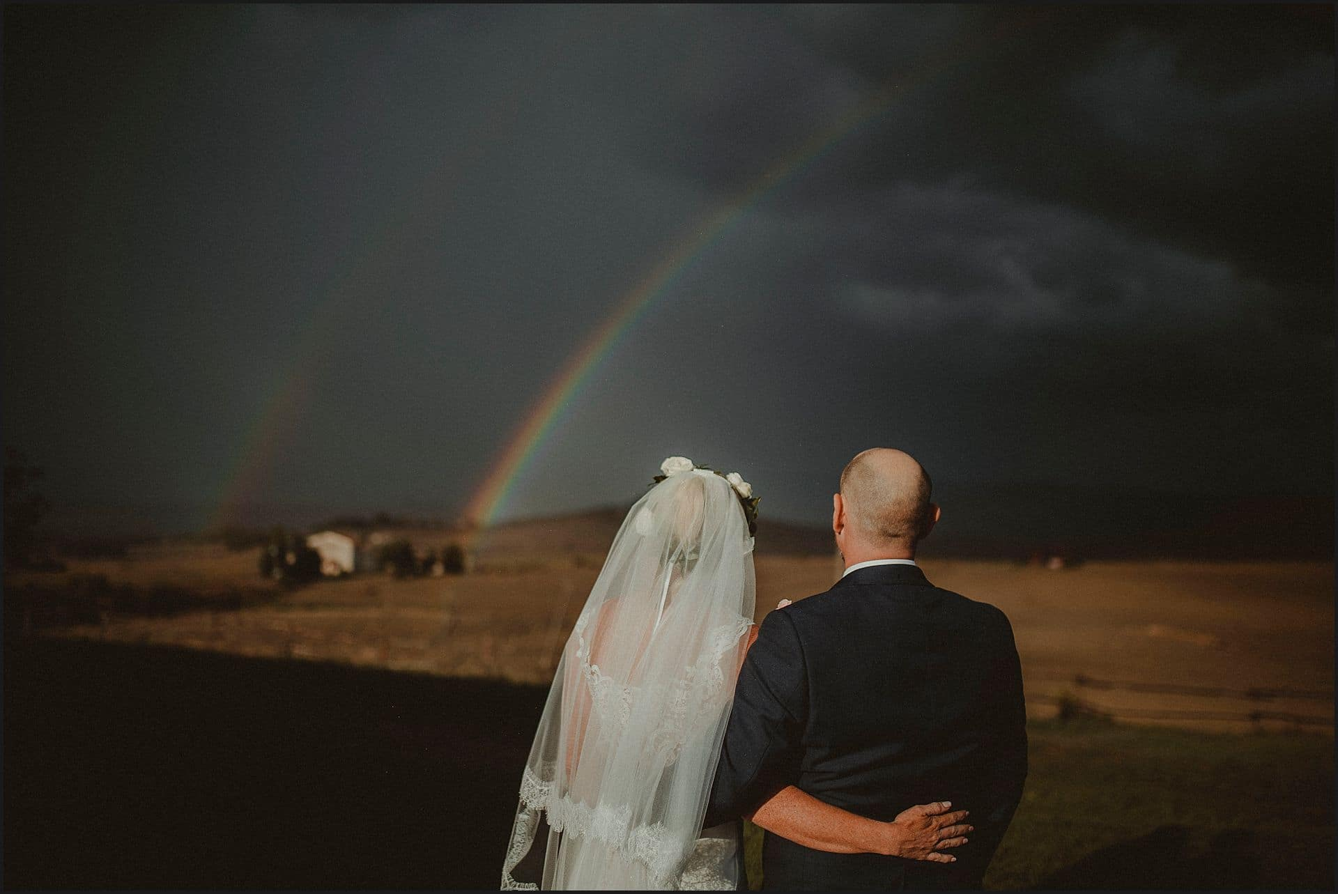 bride and groom, australian couple, rainbow, tuscan countryside, destination wedding photographer, elopement