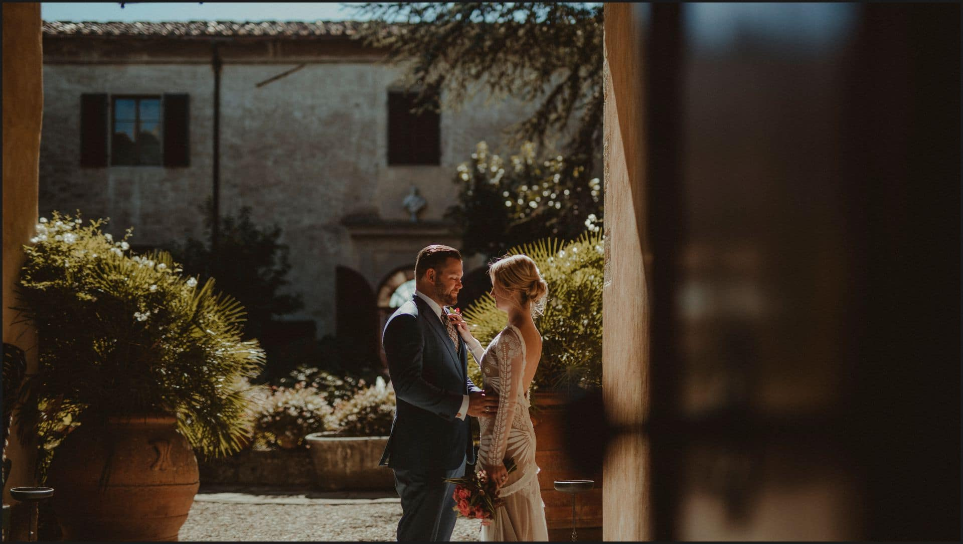 wedding, tuscany, villa medicea di lilliano, elopement wedding, bride, groom, romantic, intimate