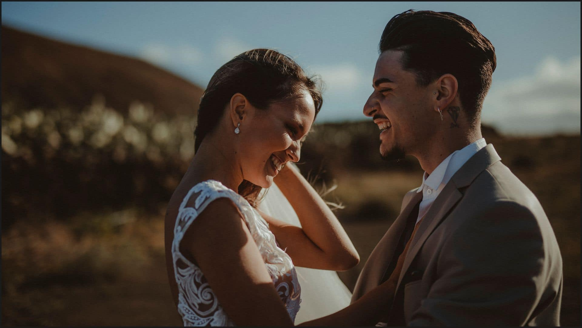 lanzarote, wedding, first look, bride, groom, love
