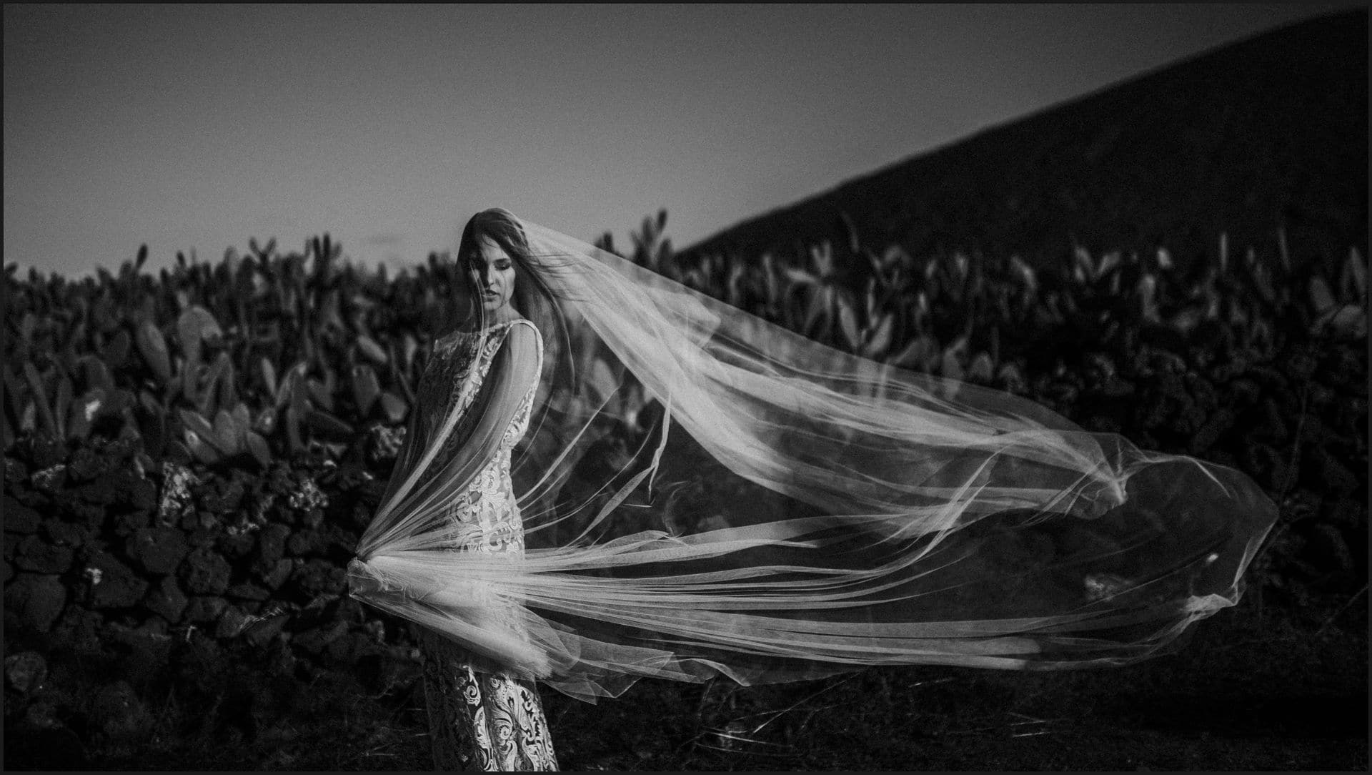 lanzarote, wedding, elopement, bride, black and white, wind