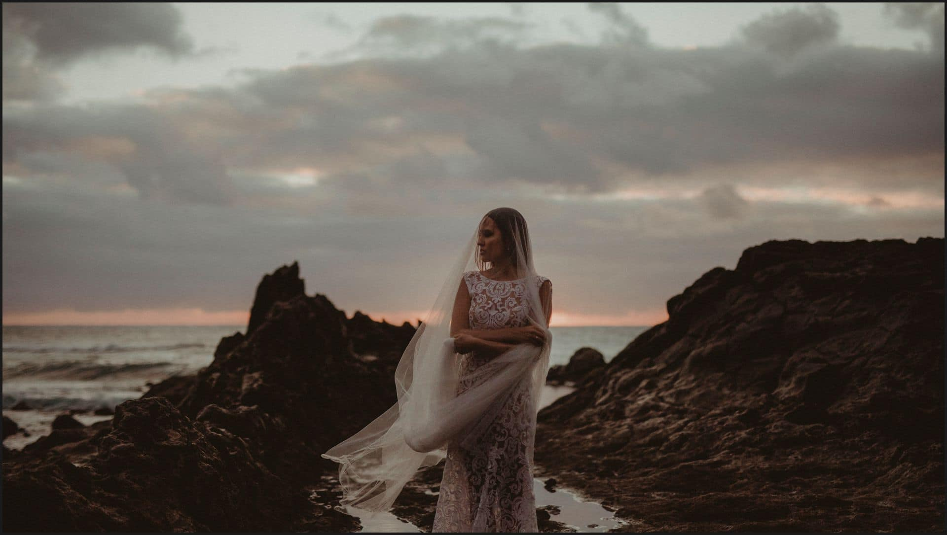 lanzarote, wedding, elopement, bride, groom, adventure wedding, el golfo