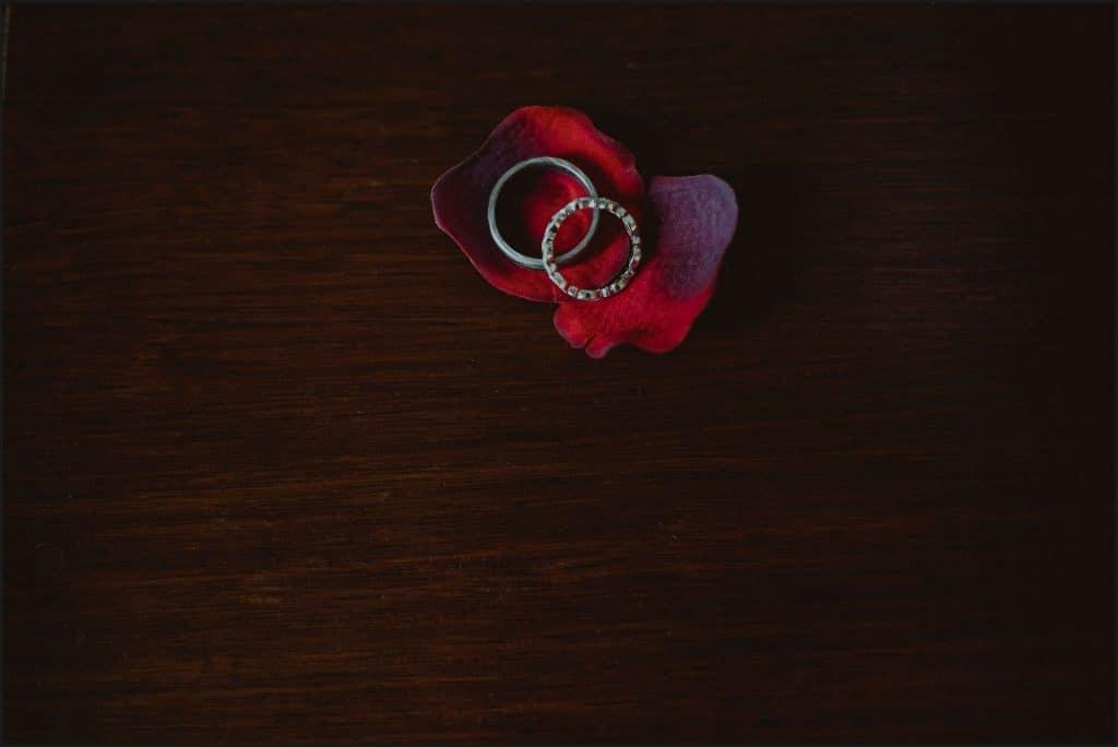 tuscany, destination wedding, chianti, rings, details, blossom