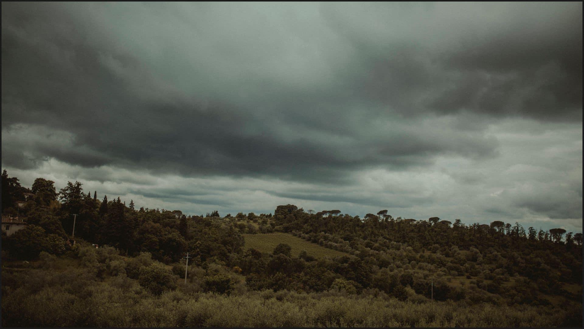 tuscany, destination wedding, chianti, panorama, clouds, may