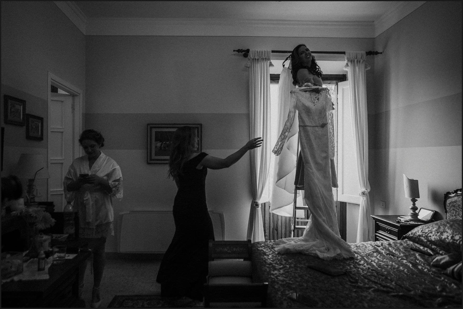 tuscany, destination wedding, chianti, black and white, dress, bride preparation