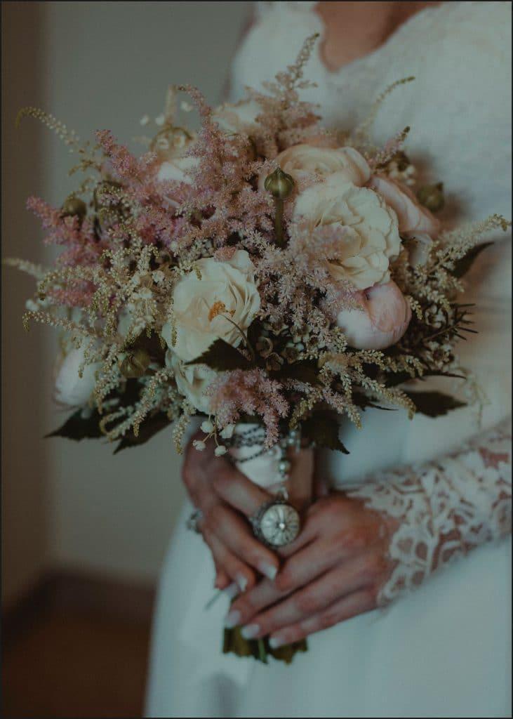 tuscany, destination wedding, chianti, flowers, bride