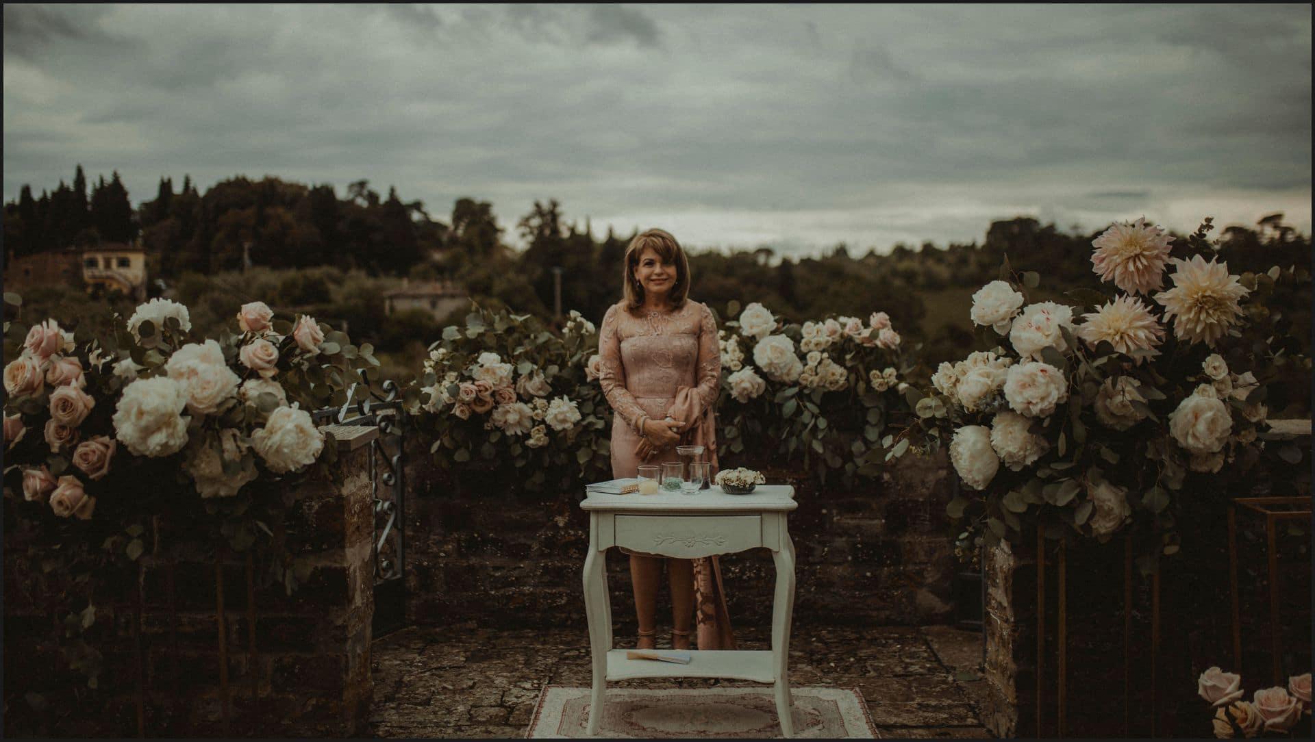 tuscany, destination wedding, chianti, ceremony, celebrant