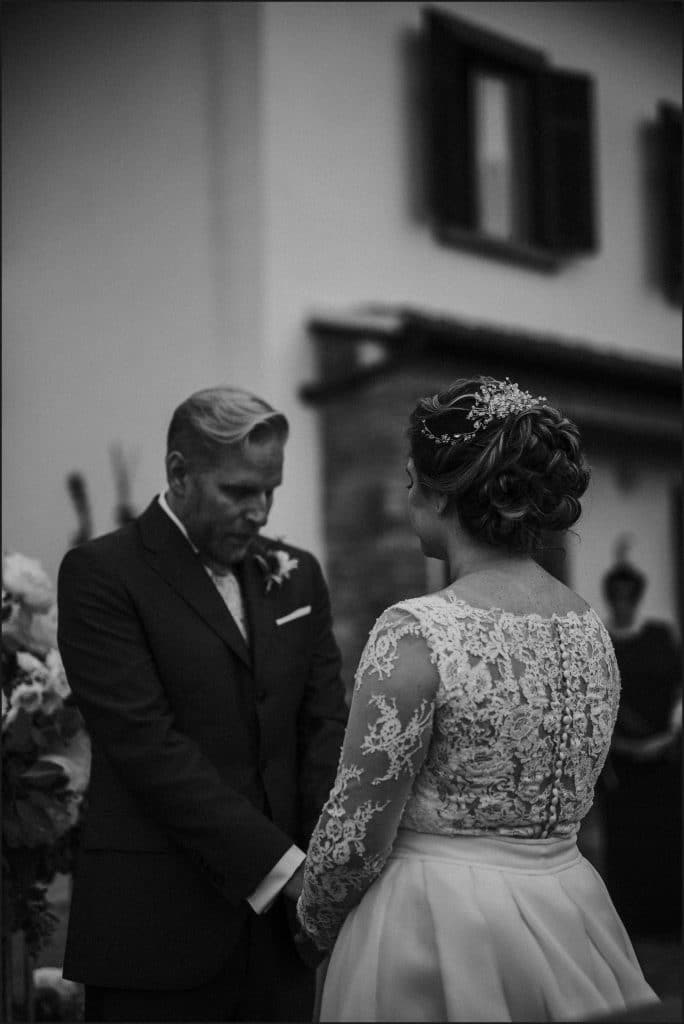 tuscany, destination wedding, chianti, black and white, bride, groom, wedding ceremony