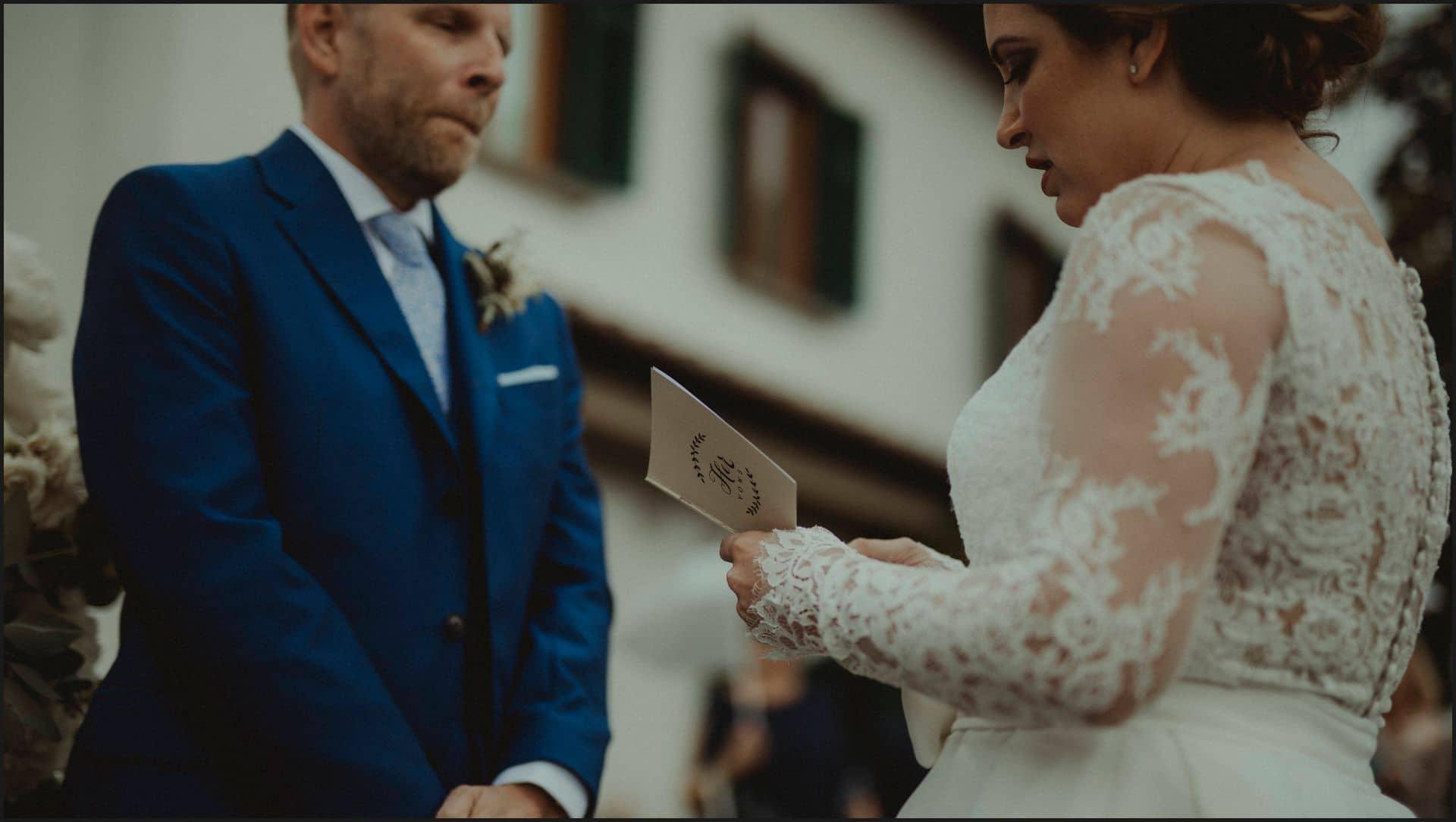 tuscany, destination wedding, chianti, wedding ceremony, vows