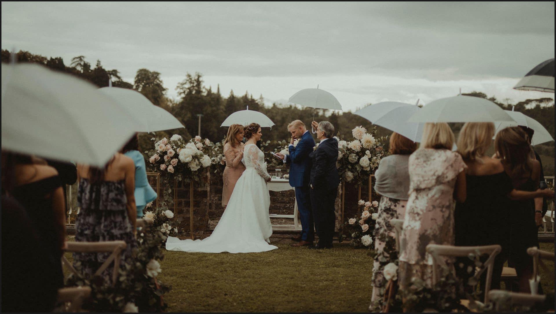 tuscany, destination wedding, chianti, wedding ceremony, torre del chianti
