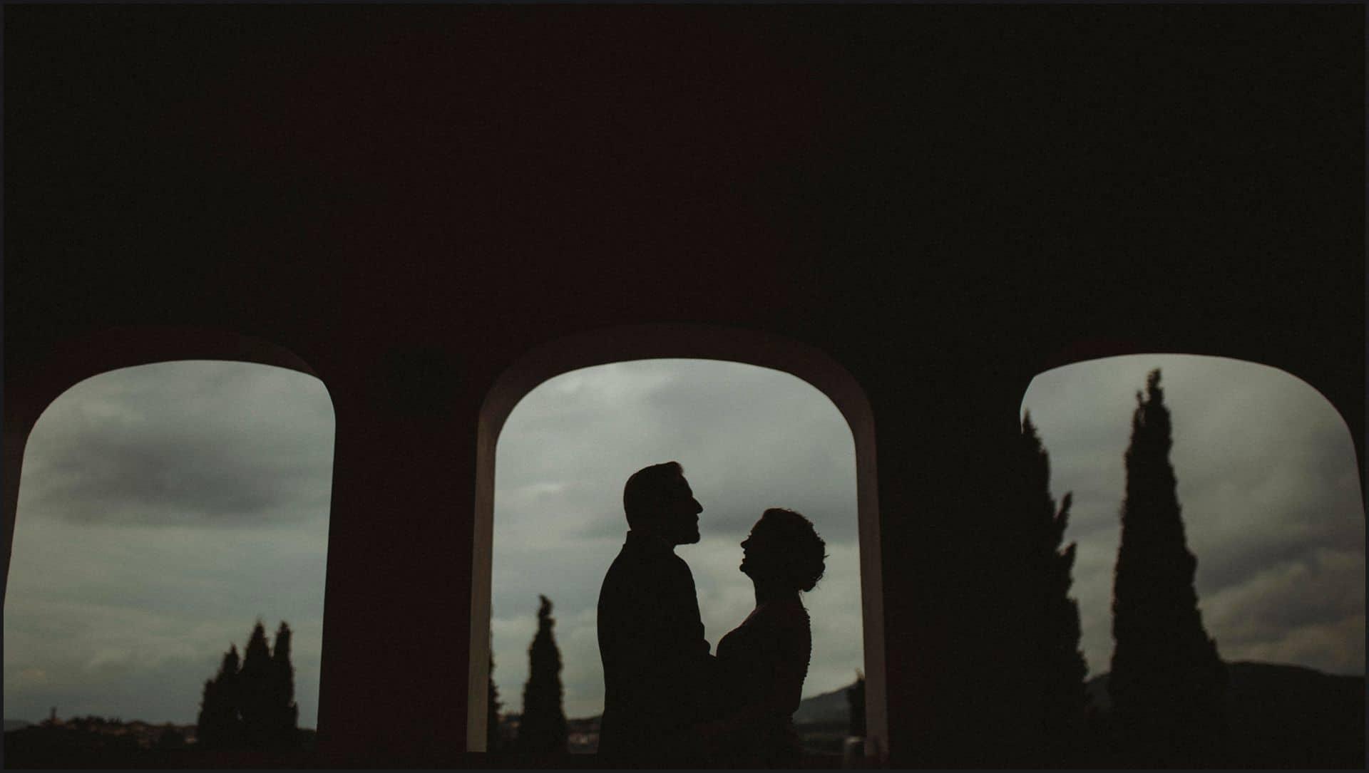 tuscany, destination wedding, chianti, bride, groom, silhouette, torre del chianti