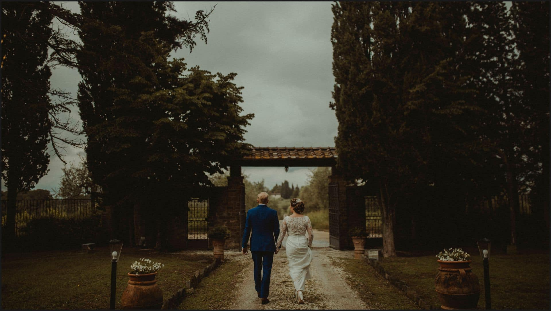 tuscany, destination wedding, chianti, bride, groom, walking, outdoor