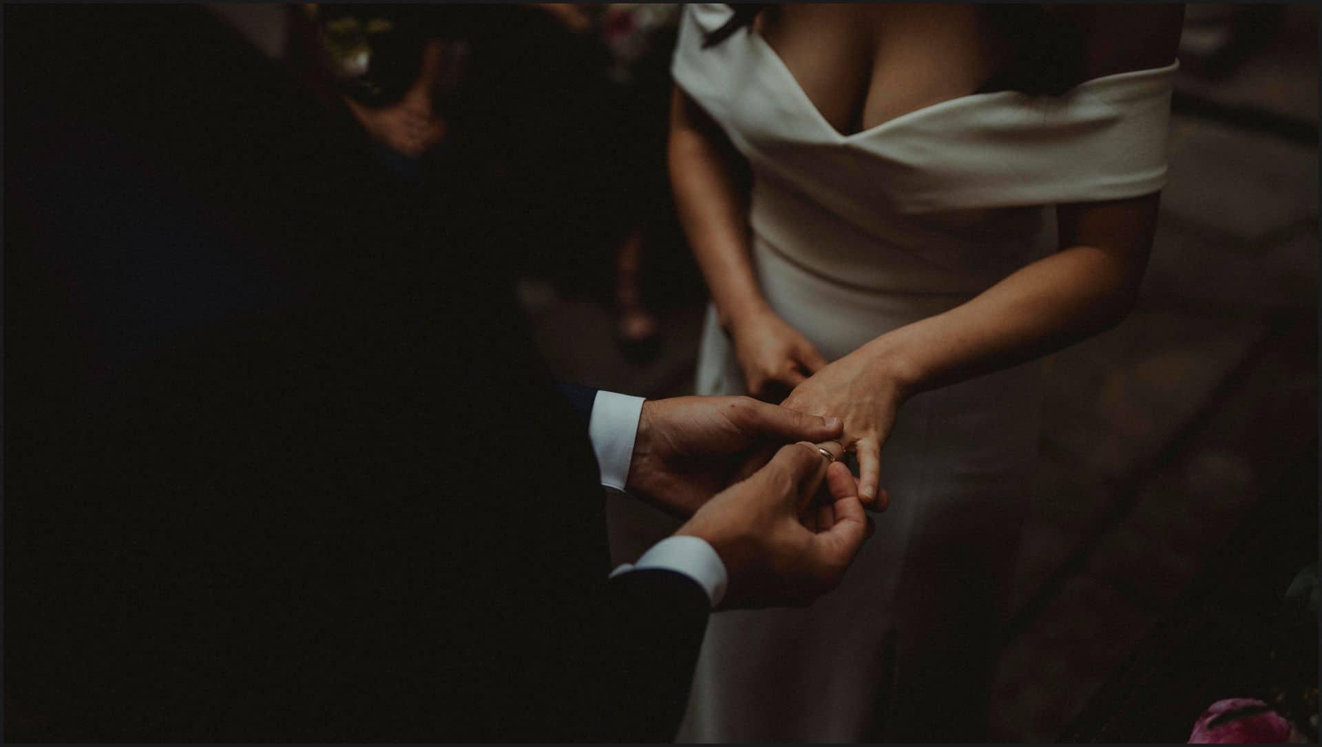 destination wedding, castello del trebbio, tuscany, bride, groom, rings