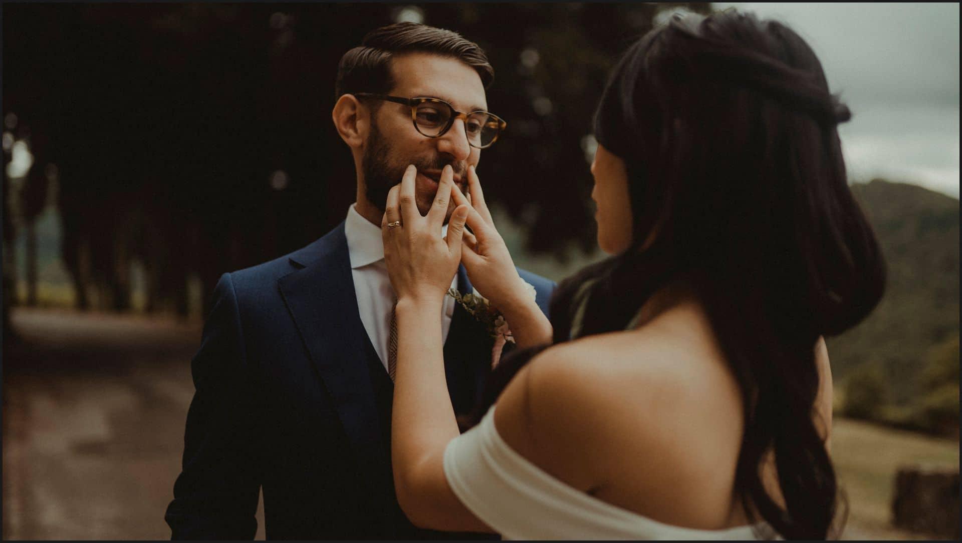 destination wedding, castello del trebbio, tuscany, bride, groom, intimate