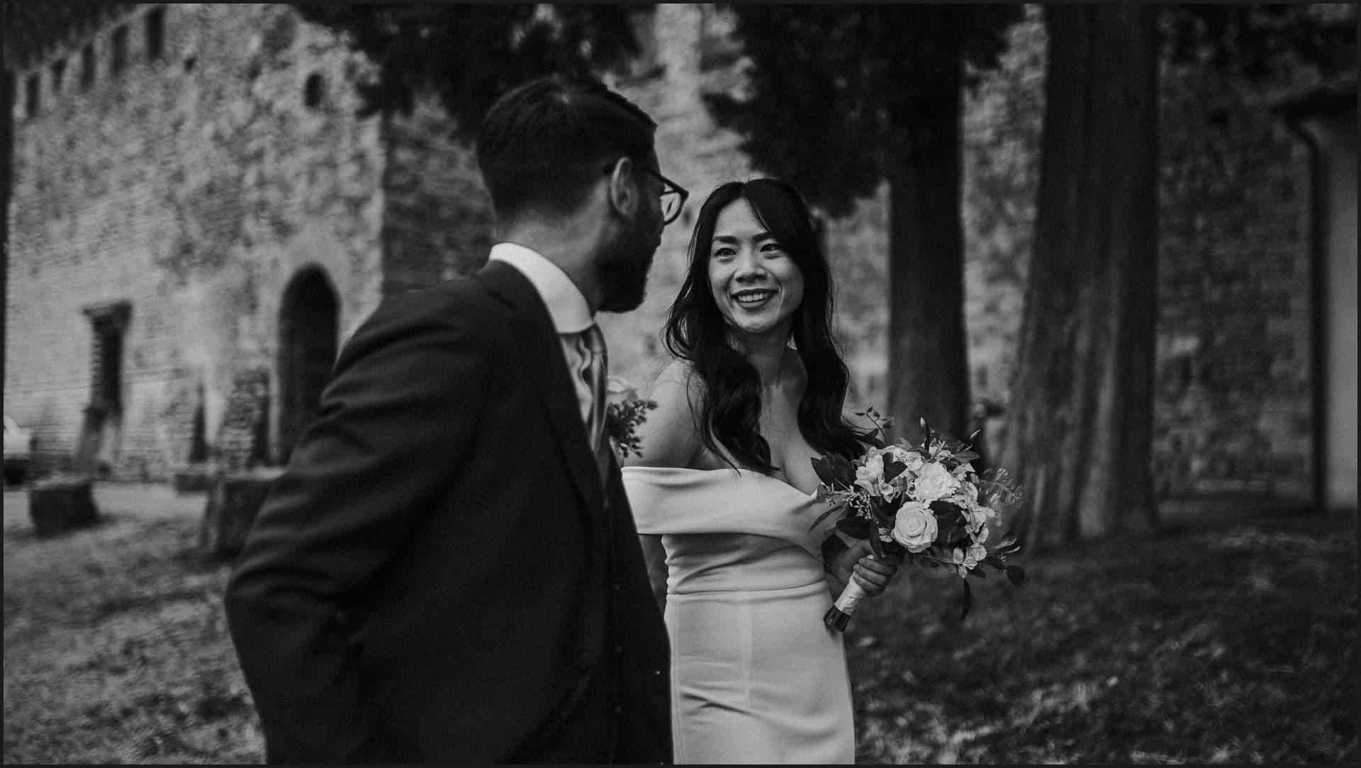 destination wedding, castello del trebbio, tuscany, bride, groom, candid picture