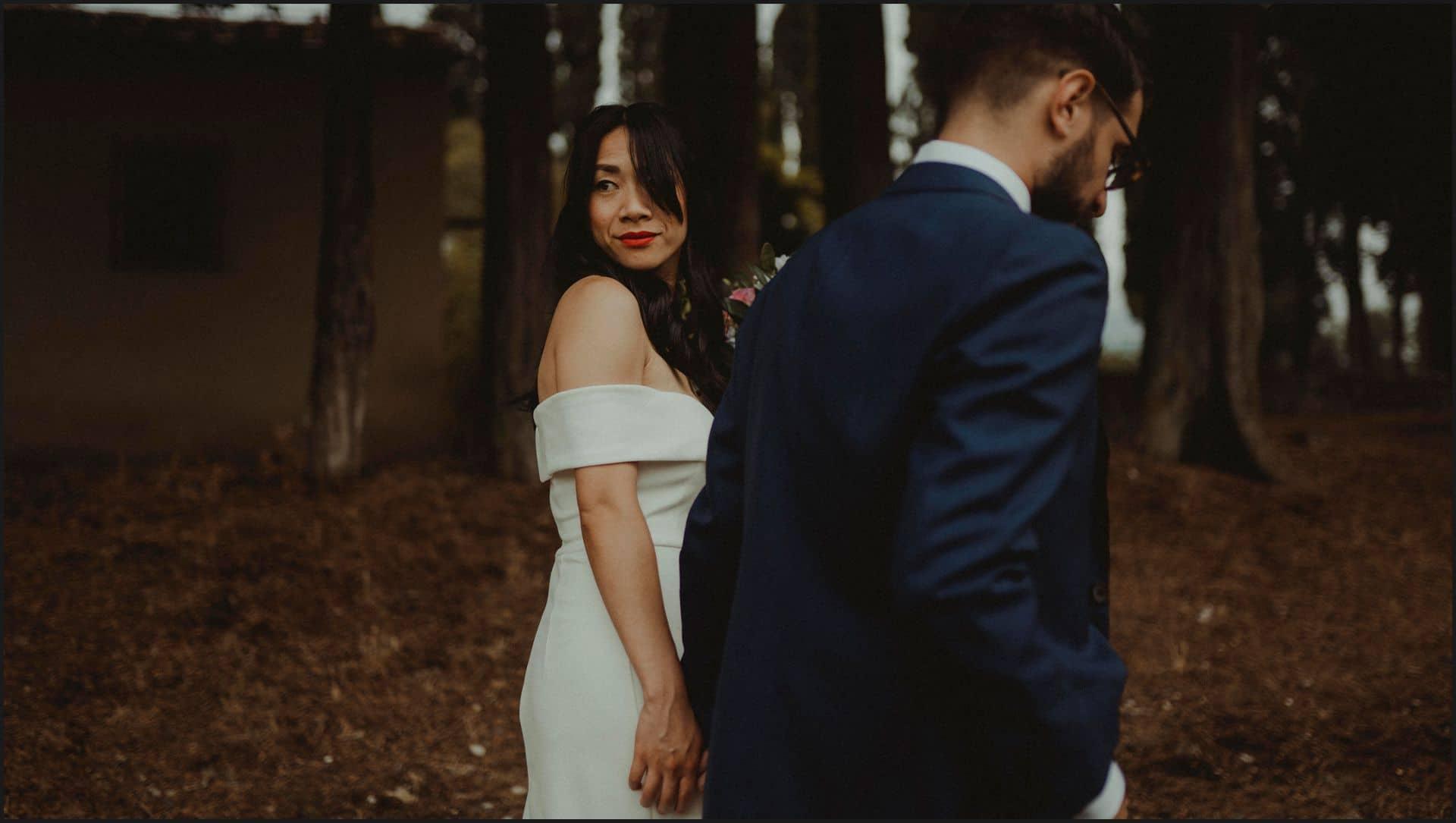 destination wedding, castello del trebbio, tuscany, bride, groom, candid
