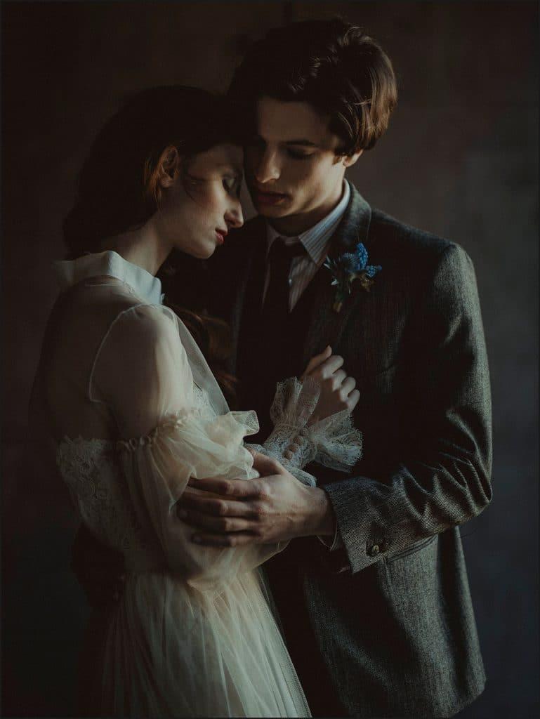 intimate portrait, bride and groom, wedding in italy, unconventional wedding, cross studio, milan, wedding photographer, wedding in italy